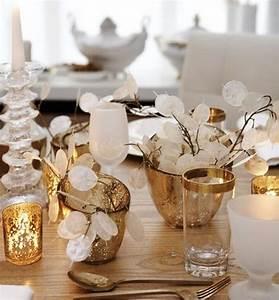 Tischdeko Ideen Selbermachen : weihnachtsdeko selber basteln tischdeko goldene kerzenhalter gestecke weihnachtsdeko selber ~ Orissabook.com Haus und Dekorationen