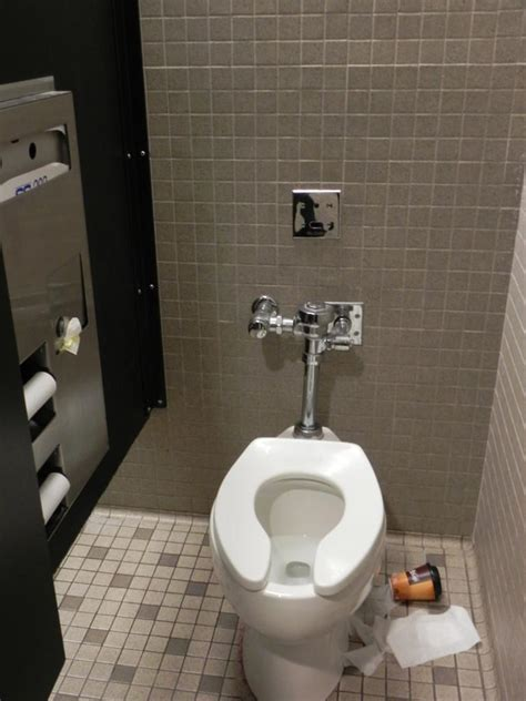 restrooms  overwhelmed  students   week