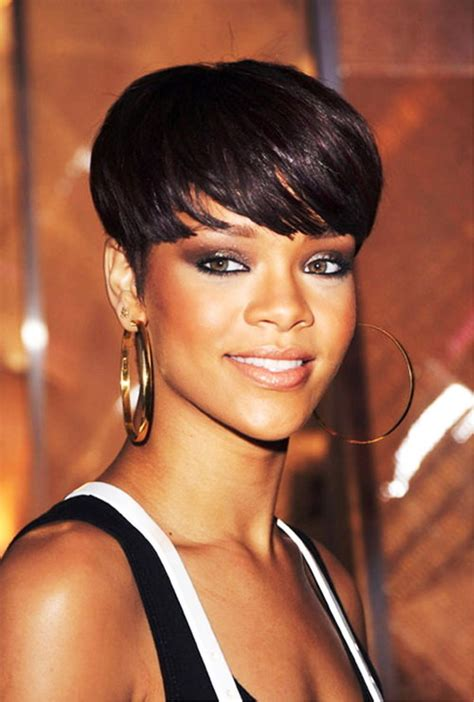 Rihanna Hairstyle by Pictures Of Rihanna Hairstyles