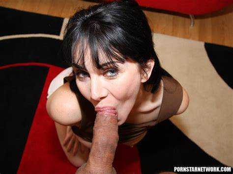 Glamour Private Lips Filled With Tina Kay