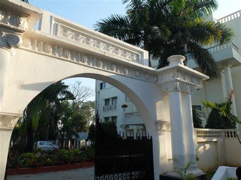 camellia hotel resort santiniketan indien hotel
