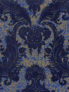 Victorian Flocked Velvet Wallpaper
