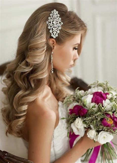 peinados de novia  actuales  fotos  tendencias novias  bodas