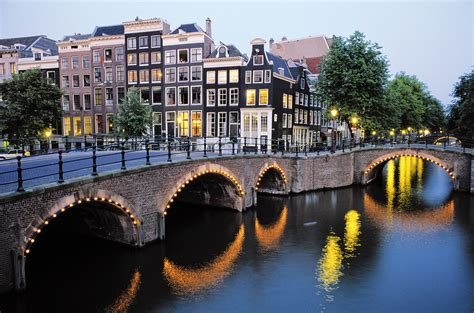 Amsterdam Celebrates 400th Anniversary Of Its Canals