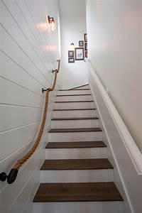 escalier de couleur perfect bibliothque haute en meuble With couleur pour couloir sombre 14 cage descalier haute et etroite