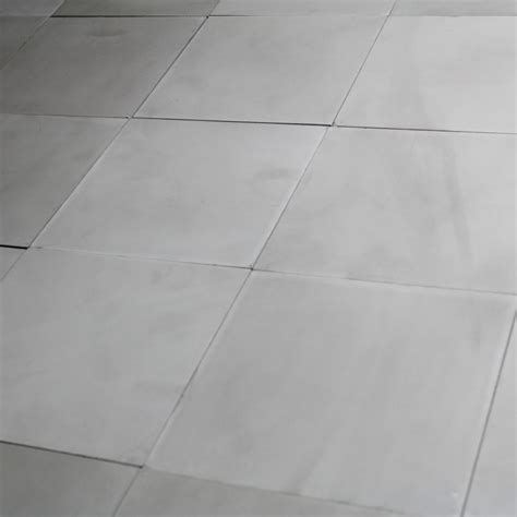joint carrelage ciment gris carreau ciment gris clair uni carrelage ciment