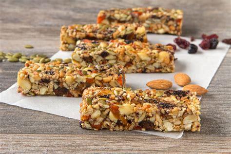 Healthy Seed Bar health club dried fruit and nut bars