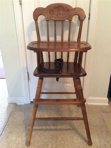 Vintage Lind Wooden High Chair by 25 Best Ideas About Painted High Chairs On