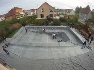 Construction Piscine Naturelle : faire sa piscine naturelle soi meme ~ Melissatoandfro.com Idées de Décoration