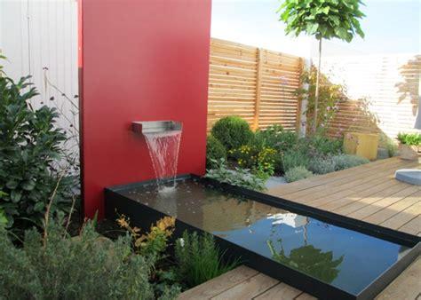 Moderne Gärten Mit Wasserbecken by Bilder Wasserbecken Terrasse Sichtschutz Gartenplanung