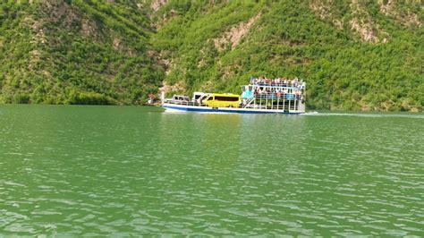 liqeni i komanit (10)   Koman Lake Ferry Berisha