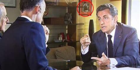 bureau nicolas sarkozy découvrez pourquoi une photo du bureau de sarkozy la