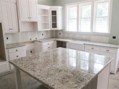 american flooring cabinets  granite granite giallo verona kitchen redo kitchen design