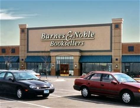Barnes Noble Grove by Barnes Noble Maple Grove Maple Grove Mn