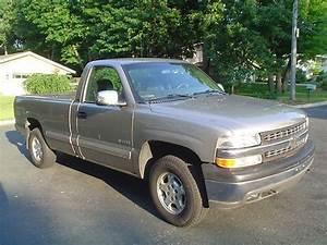Sell Used 2000 Chevrolet Silverado Ls 1500 4x4 4 8 Liter 5