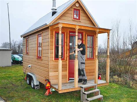 Tiny Haus Anhänger Kaufen by Tiny House Die Gro 223 E Idee Vom Kleinen Haus Auf R 228 Dern