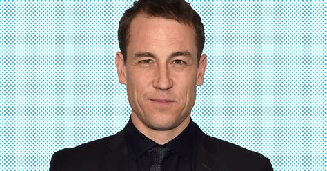 tobias menzies cat outlander s tobias menzies on going full frontal vulture