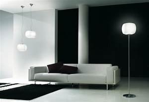 Stehlampe Für Wohnzimmer : stehlampen peppen innenr ume mit tollen nuancen auf ~ Frokenaadalensverden.com Haus und Dekorationen