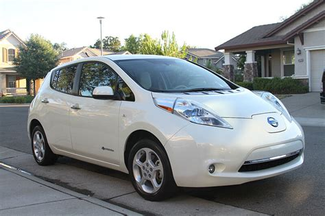 Nissan Electric Car by 6 Benefits Of The Nissan Leaf Fully Electric Car Ebay