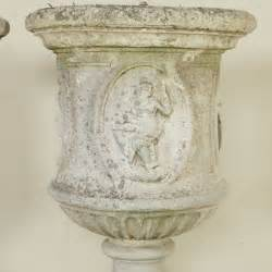 vasi liberty coppia di vasi liberty pietre e arredi giardino