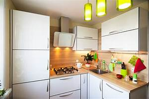 Kleine Küche Einrichten Bilder : kleine k chen funktional einrichten kalaydoskop ~ Sanjose-hotels-ca.com Haus und Dekorationen