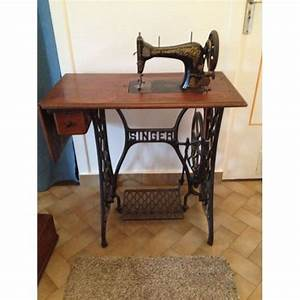 Ancienne Machine A Coudre : ancienne machine coudre achat et vente neuf d 39 occasion ~ Melissatoandfro.com Idées de Décoration