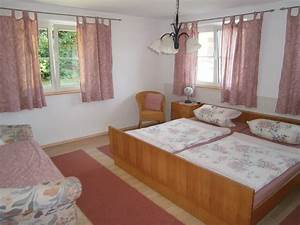 Großer Kleiderschrank Schlafzimmer : das h sle im berblick s 39 ferienh sle ~ Markanthonyermac.com Haus und Dekorationen