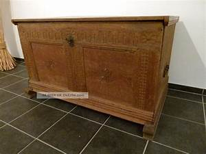 Antike Esstische Holz : antike alte truhe holz keine nachbildung massiv verziert hochzeitstruhe um 1800 ~ Michelbontemps.com Haus und Dekorationen