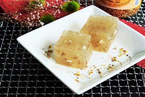 osmanthus water chestnut cake bear naked food