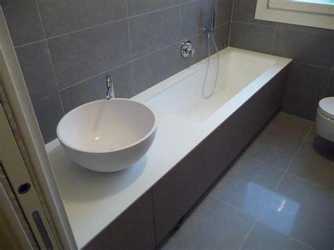 piatti doccia in corian piani bagno in corian piatti doccia in corian