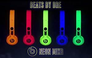 Cuffie Beats By Dre Neon Mixr canzone pubblicità