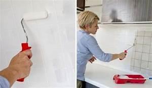 Coller Un Plan De Travail Sur Du Carrelage : repeindre le carrelage d 39 une cr dence de cuisine c t maison ~ Nature-et-papiers.com Idées de Décoration