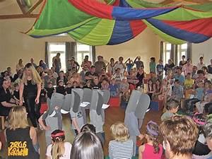 Kinder Spielen Zirkus : egmating kindergartenfest mit zirkusnummer eine bunte ~ Lizthompson.info Haus und Dekorationen
