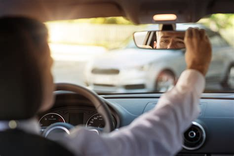New Rearview Mirror Makes Passengers Invisible