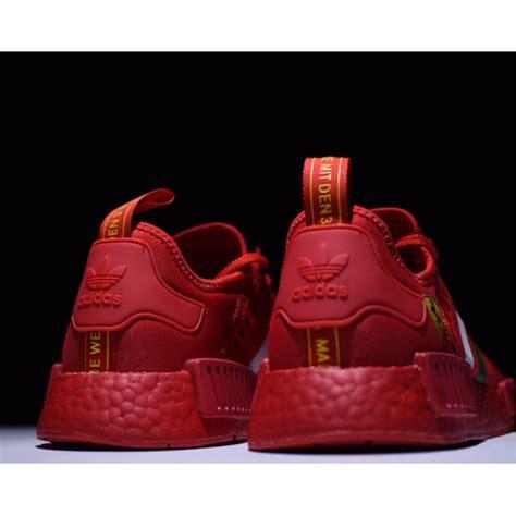 Adidas orginals presenta nmd, el icónico adn de adidas originals fusionado con tecnología boost y primeknit. Adidas Ferrari Ad NMD R_1 Boost, Men's Fashion, Footwear ...