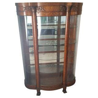 pictures of distressed kitchen cabinets 25 best ideas about antique china cabinets on 7450
