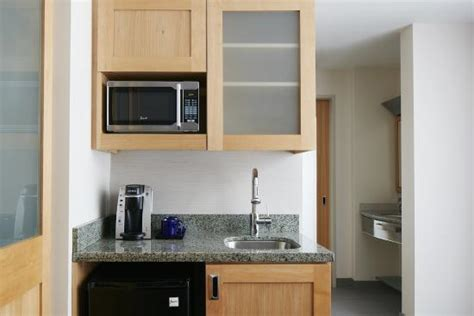 hotels with kitchen one room suite with kitchenette picture of club quarters