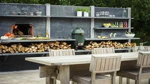barbecue sur terrasse en pierres With superior idee deco de jardin exterieur 6 deco cuisine bois naturel