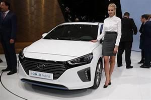 Hybride Auto Rechargeable : hyundai ioniq une hybride une hybride rechargeable et une lectrique l 39 argus ~ Medecine-chirurgie-esthetiques.com Avis de Voitures