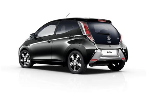 Steven Toyota by Aygo Models Features Steven Eagell Toyota Watford