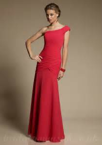 bridesmaid dresses will add a splash of color to your special day - Crimson Bridesmaid Dresses
