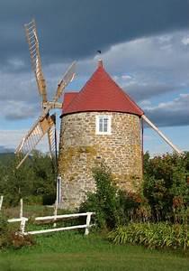 Moulin  U00e0 Vent De L U0026 39 Isle-aux-coudres