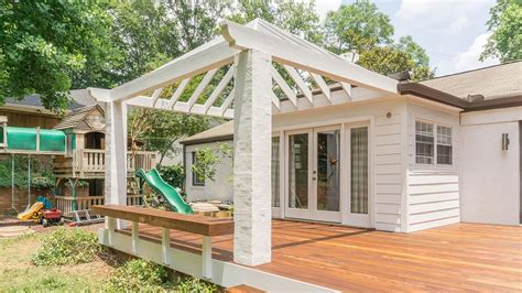 An Arbor, Pergola, Patio Cover; Is There A Difference?