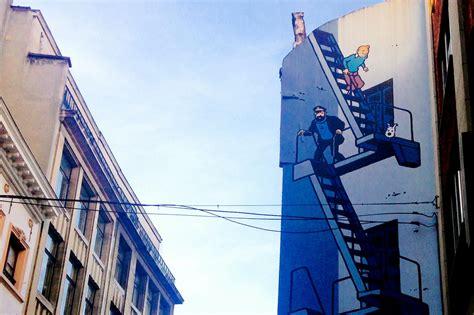 fantastic comic strip murals  admire  brussels