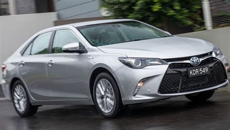 Toyota Camry Hybrid Backgrounds by 2016 Toyota Camry Hybrid Review Term Carsguide