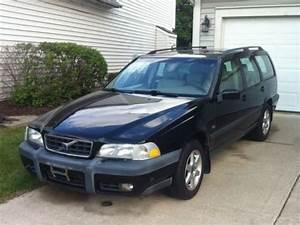 Buy Used 1999 Volvo V70 X  C Awd Wagon 4