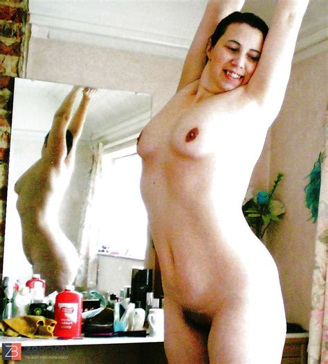Completely Nude Wives Is Urs Nude On Here For The Men Zb Porn