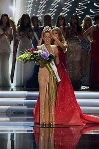 South Africa39s Demi Leigh Nel Peters Is Miss Universe 2017
