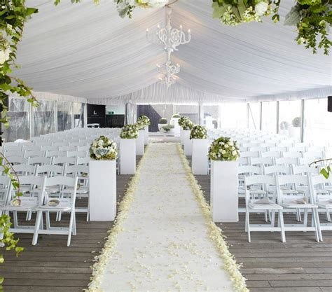 wholesale high quality white wedding used padded wooden