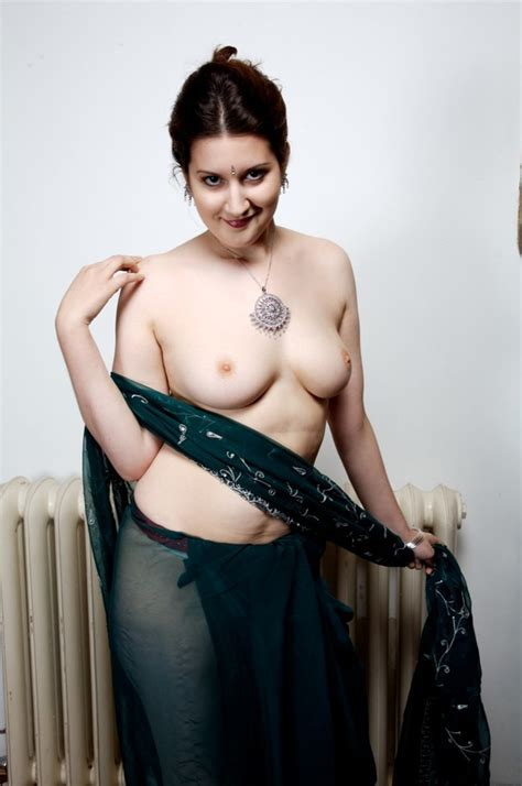 Chick Looking Sweet In Green Indian Sari St Xxx Dessert